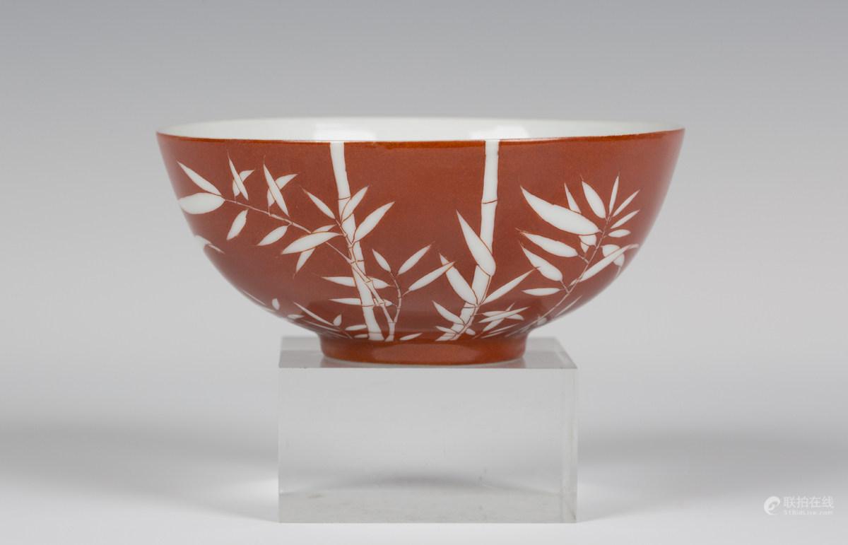 珊瑚红釉碗