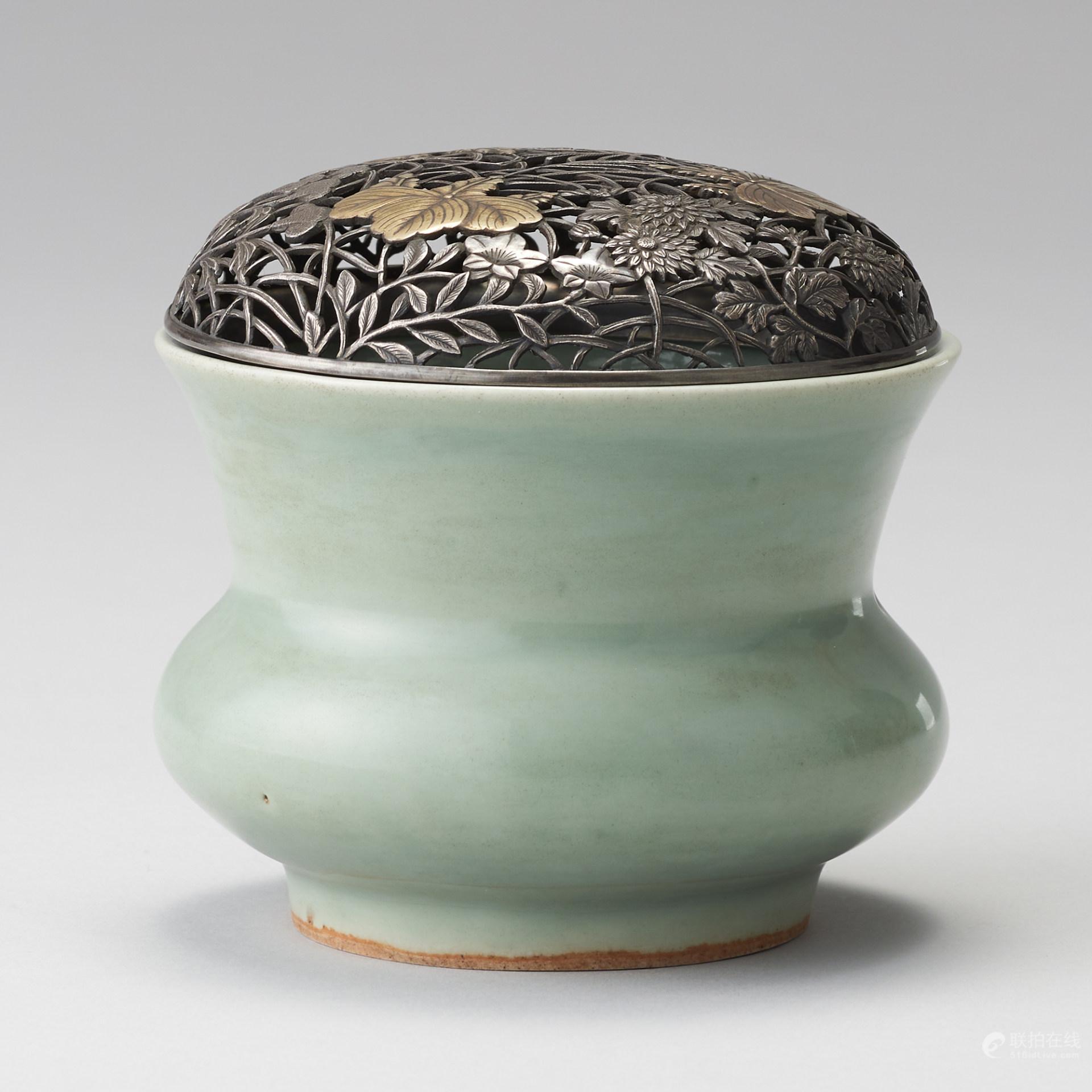 龍泉窯 南宋风格 配銀鎏金鏤雕蓋 青瓷尊