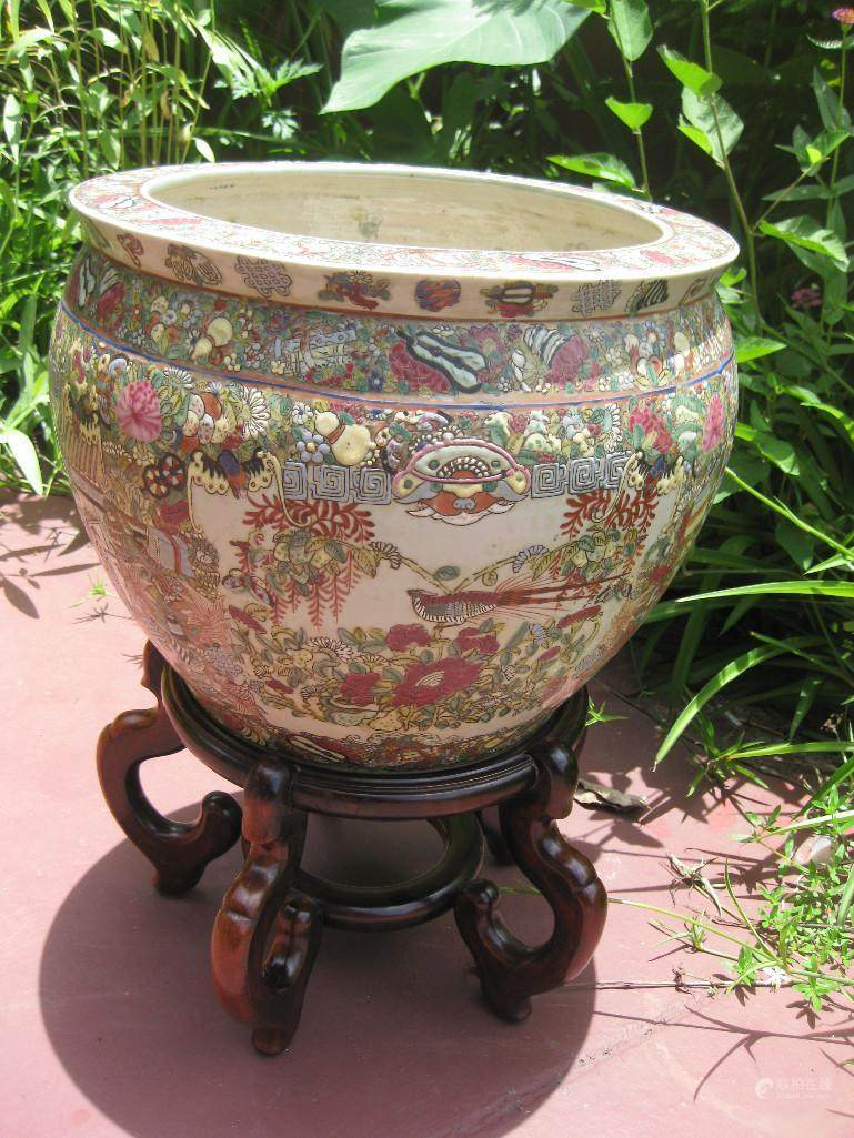 51bidlive chinese porcelain fish bowl qianlong emperor for Chinese fish bowl