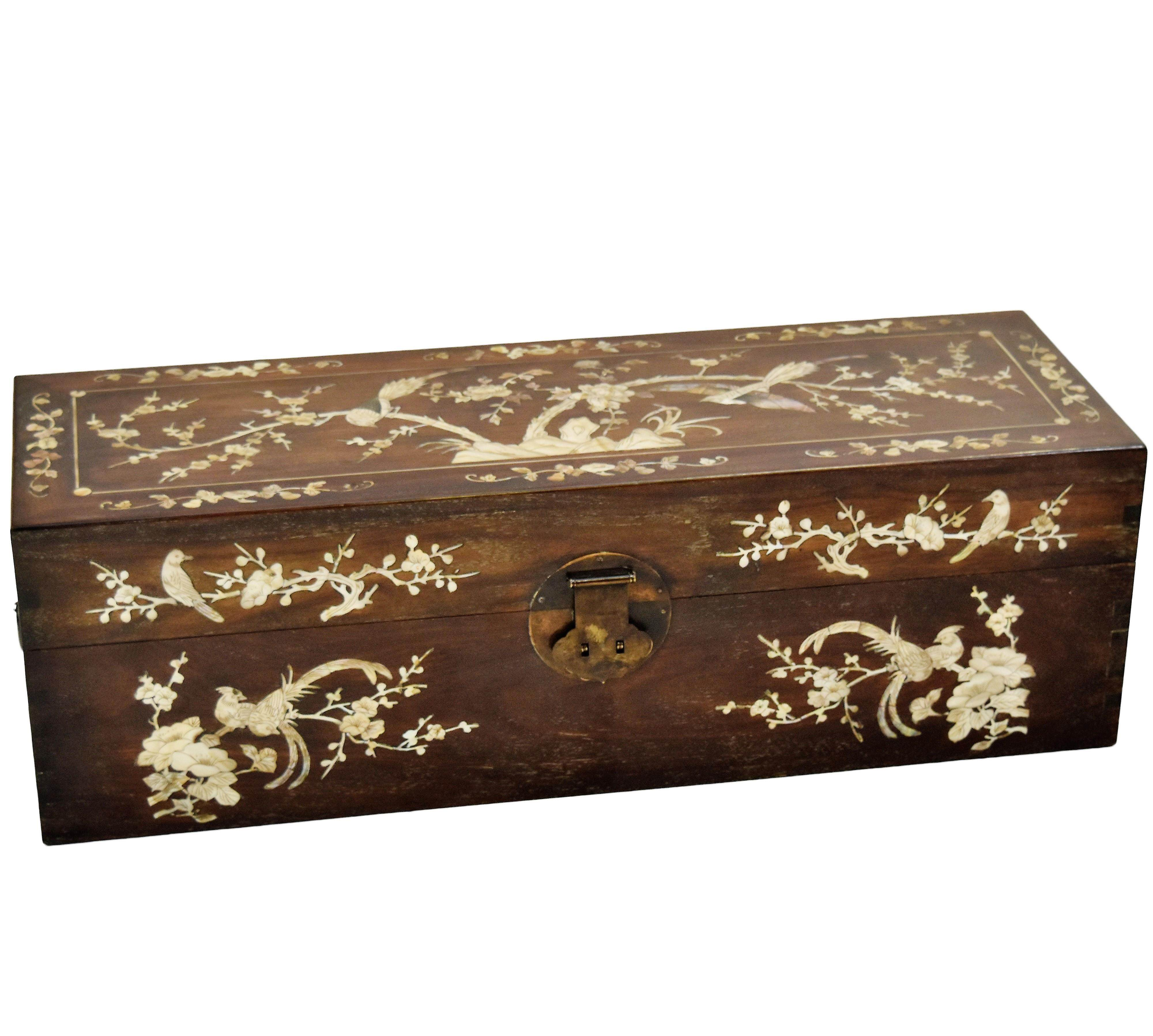 CHINESE MOP INLAID HUANGHUALI STORAGE CHEST, YIXIANG