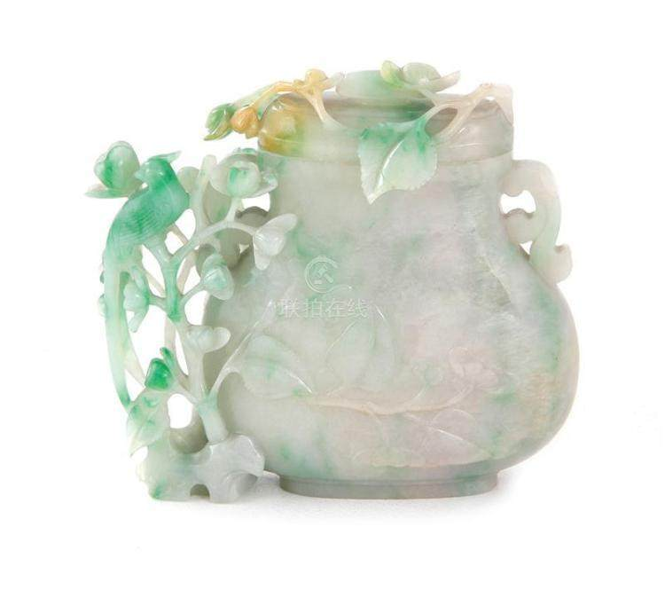 51bidlive Chinese Green And White Jadeite Vase And Cover