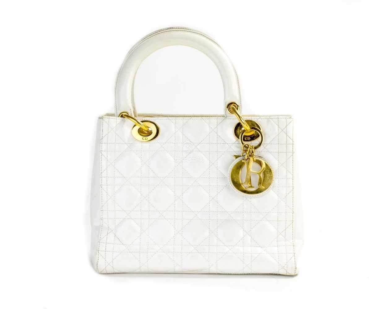 0f00caab51d7c 51BidLive-  Christian Dior  Lady Dior  Handtasche Frankreich