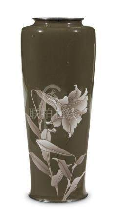 A Japanese cloisonne vase, Ando, 1908 or earlier