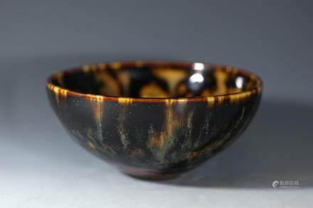 宋代:吉卅窑鹧鸪斑纹碗