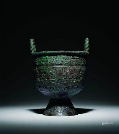 西周青铜兽面纹盂