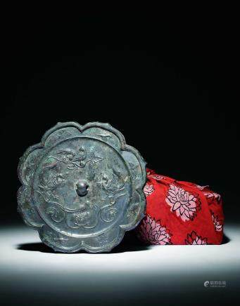 唐青铜凤凰朱雀菱花镜