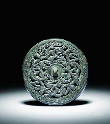 唐青铜交龙纹镜