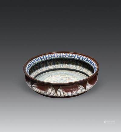 A cloisonne enamel bronze circular basin