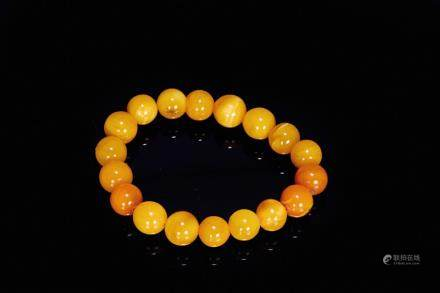 A natural amber beads bracelet