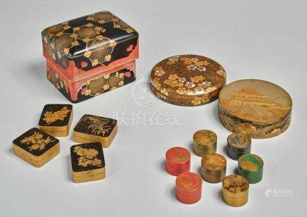 A GROUP OF JAPANESE LACQUER TEBAKO AND KOBAKO BOXES 19TH CEN