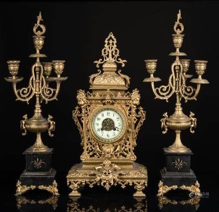 Vintage / Antique Clock & Candelabra Mantle Garniture