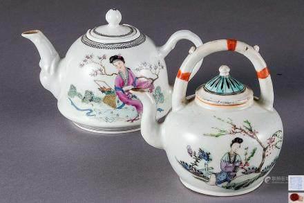 粉彩人物纹茶壶 (两把)