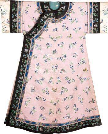 An Embroidered Pink-Ground Silk Woman's Coat With