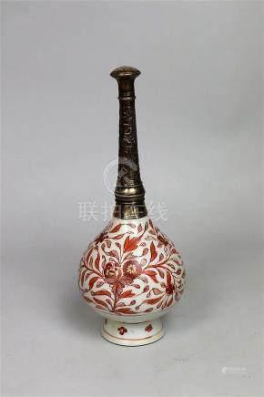 Petit aspersoir en porcelaine rouge de fer Chine