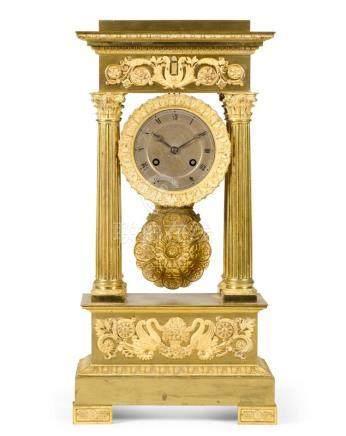 A RESTAURATION ORMOLU PORTICO MANTEL CLOCK, CIRCA 1820 |