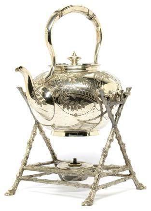 英國 鍍銀花卉壺連加熱座