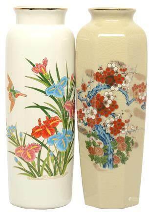 日本 粉彩花鳥瓶二件