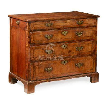 GEORGE I WALNUT CHEST OF DRAWERS EARLY 18TH CENTURY 91cm wid