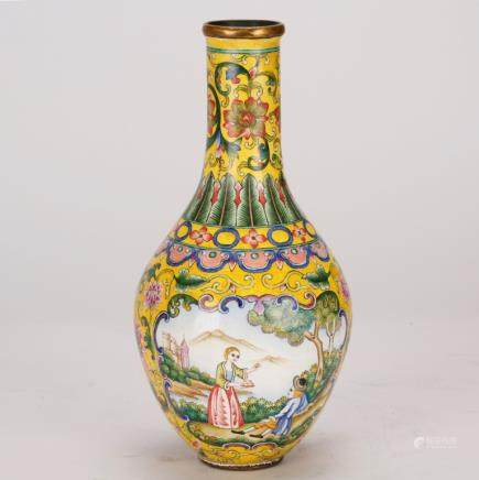 Good Chinese Painted Enamel Vase