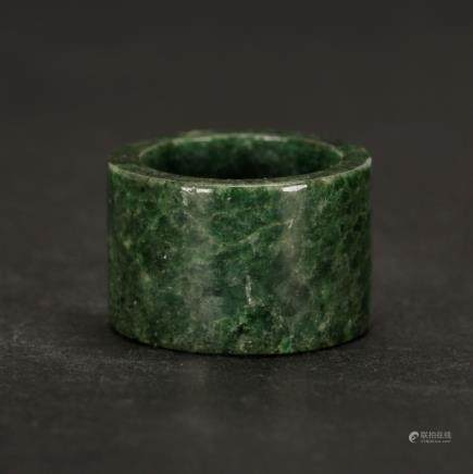 Chinese Spinach Jade Archer's Ring