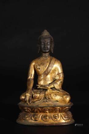 TIBET GILT BRONZE FIGURE OF BUDDHA SHAKYAMUNI