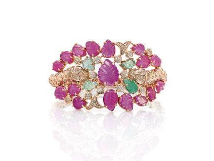 MUGHAL-STYLE RUBY, EMERALD & DIAMOND BRACELET 14K黃金粉綠寶石鑲鑽手鐲