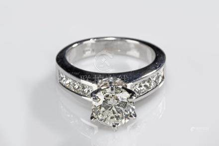 A SOUTH AFRICAN DIAMOND RING