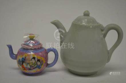 Two Chinese Tea Pots