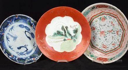 Suite de trois porcelaine chinoises.