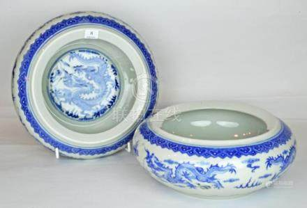 A Pair Chinese Blue and White Bowls