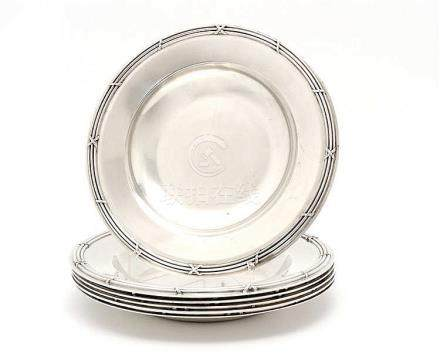 SIX SOUP CHARGER PLATES