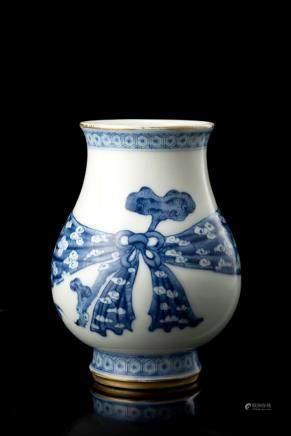 清 道光 青花瓶 六字篆書款