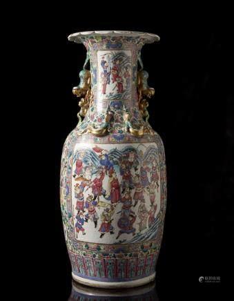 中國 十九世紀 廣彩戰爭圖雙耳瓶