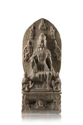 中國 十九世紀 石雕觀音坐像