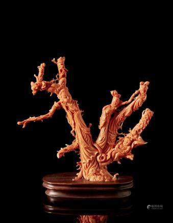 中國 二十世紀初 珊瑚仕女及童子雕件