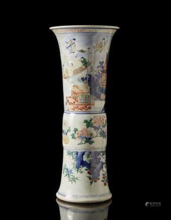 中國 十七世紀上半葉 五彩仙人花卉紋瓶