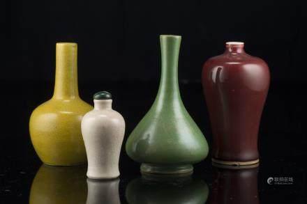 中國 十九世紀 瓷瓶 四件