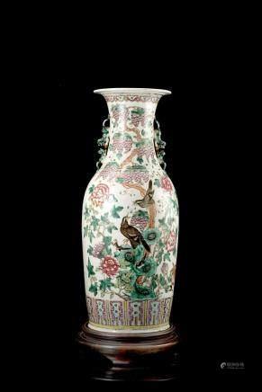 中國 十九世紀 彩繪花鳥紋瓶