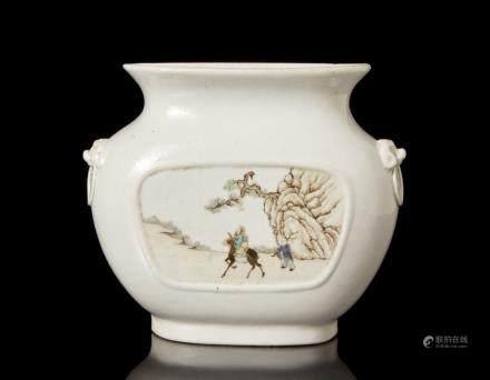中國 二十世紀 彩繪人物圖壁瓶