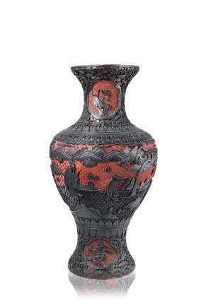 中國 二十世紀 黑硃砂漆仕女花卉紋瓶