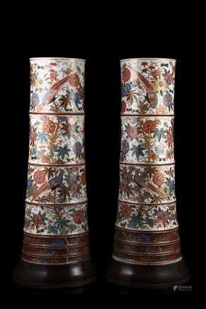 日本 十八世紀 有田燒花鳥文竹節瓶 一對