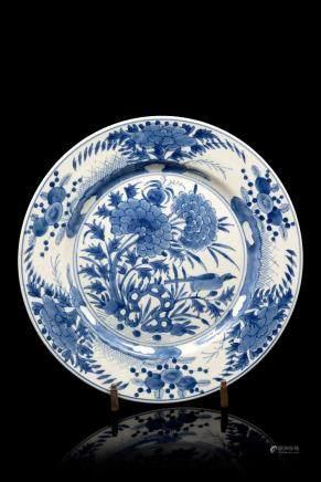 中國 十八世紀初 青花花鳥紋盤