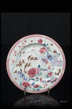 中國 十八世紀初 粉彩花卉紋盤