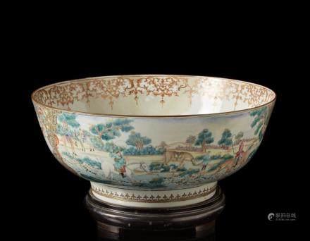 中國 十八世紀下半葉 粉彩狩獵圖出口碗