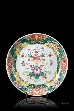 中國 十八/十九世紀 彩繪花卉紋盤