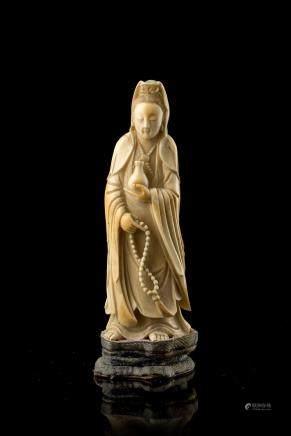 中國 十九世紀 象牙雕觀音立像