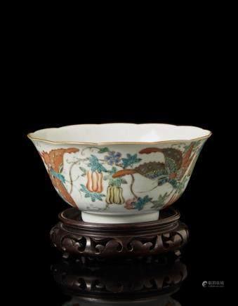 中國 十九世紀末 嘉慶仿款 彩繪蝴蝶圖碗