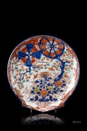 日本 十九世紀 伊萬里花卉紋貝殼形盤