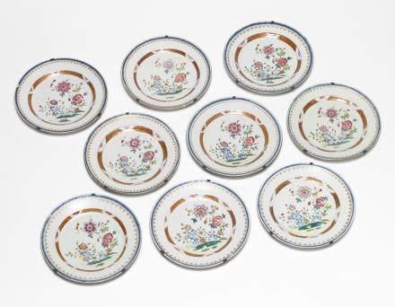 中國 十八世紀下半葉 粉彩盤 九件