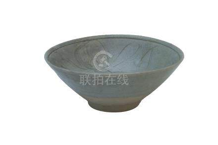 A SONG DYNASTY SOUTHERN CHINA CÉLADON-GLAZED BOWL<br><br>